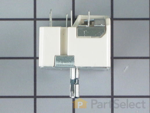 "236754-3-S-GE-WB24T10029        -Surface Burner Switch - 6"" - 1560W"